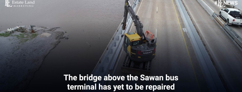 The bridge above the Sawan bus terminal has yet to be repaired
